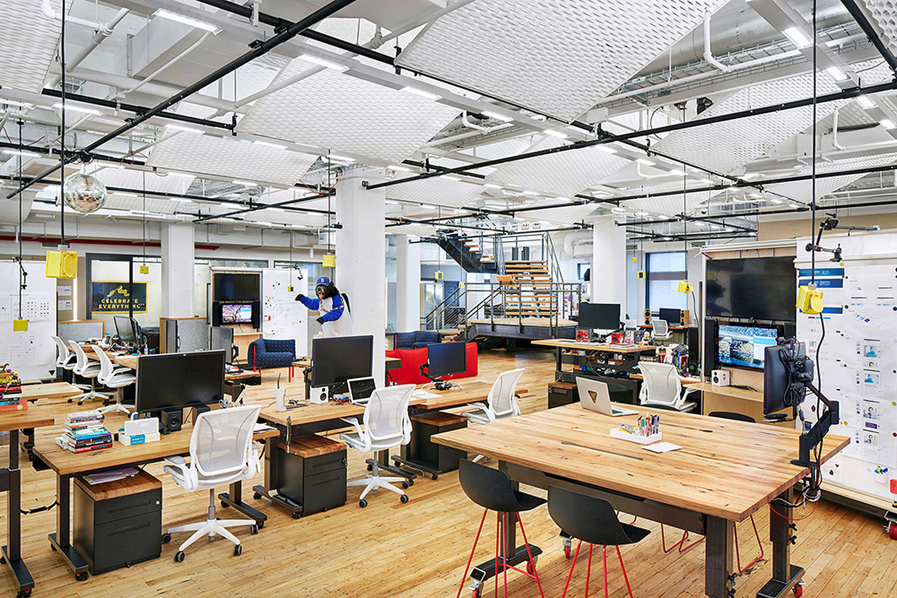 Situ new york tech office for Tech office design